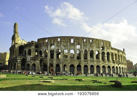 Rome Italy,November 7th 2010.The Roman Colosseum in Rome is a masterpiece of Italian architecture.Imagine the arena with 50,000 thousand people watching gladiators centuries ago.Come to Rome and explore the Colosseum.