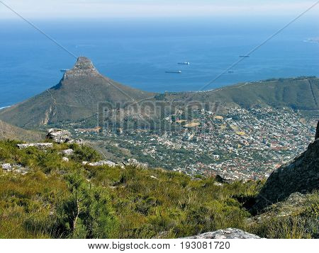 View from the top of Table Mountain, looking towards Lions Head 14fhk