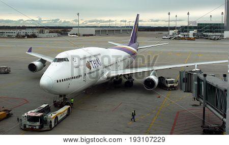 Boeing 747 Jumbo, Thai Airlines. Bangkok International Airport, Thailand. 4 April 2017