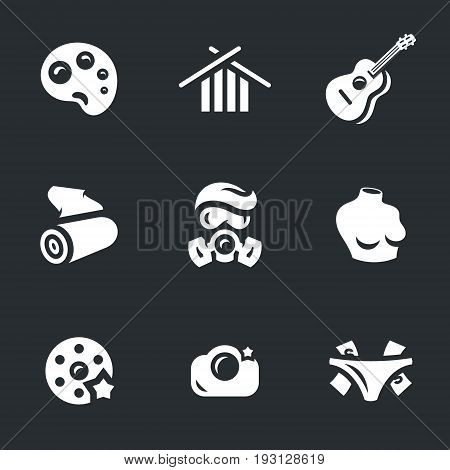 Palette, knitting needles, guitar, cloth, gas mask, body, movie wheel, camera, tip.