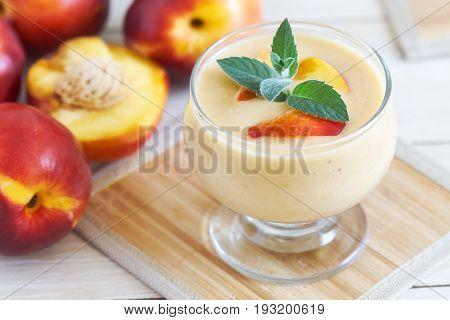 Nectarine Smoothie With Yogurt