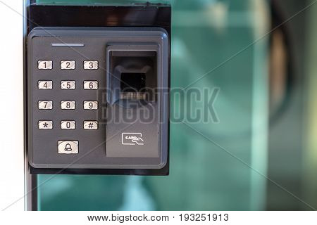 finger scan security door key lock fingerprint locking system.