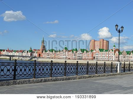 summer cityscape buildings history landmark tower wall cathedral europe red travel castle architecture city river building russia church square bridge