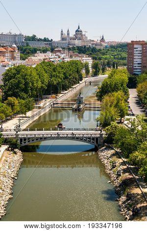 Puente de la Reina Victoria (Queen Victoria bridge) in Madrid Spain