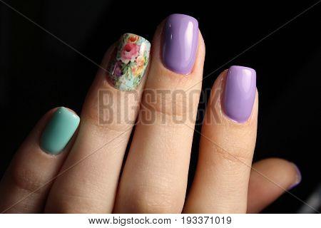 Purple Manicure Design With Flowers