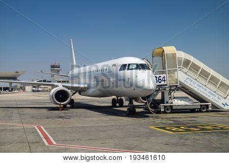 The Arkia -  Israeli Airlines Embraer Erj-190 At Ben-gurion Airport. Israel