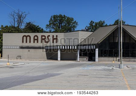 Indianapolis - Circa July 2017: Recently shuttered Marsh Supermarket and Grocery Store. In May 2017 Marsh filed for Chapter 11 Bankruptcy Protection II