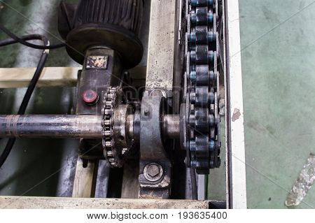 Conveyor chain drive shaft production line of the factory