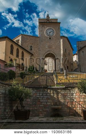 Tower in the historic center of Monteleone di Spoleto