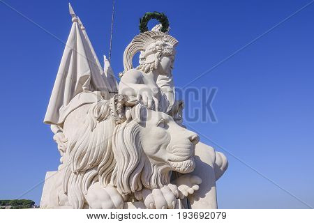 The amazing statues on the top of famous Augusta Street Arch in Lisbon - LISBON - PORTUGAL