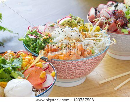 Conjunto de ensaladas variadas. Set of assorted salads.