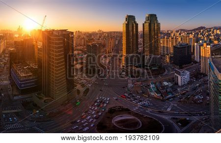 Seoul, Korea - January 31, 2016:  Seoul City In Sunset And Traffic, Intersection In Downtown Seoul,