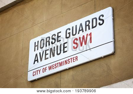 Horse Guards Avenue