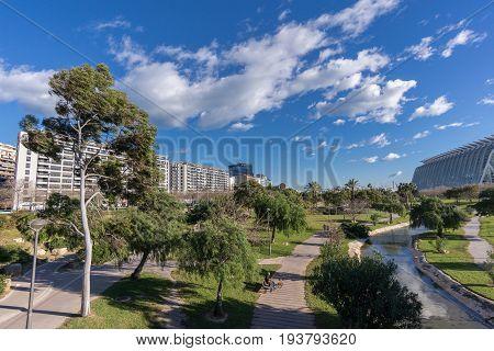 Turia River gardens Jardin del Turia, leisure and sport area. Pedestrian walk way. Valencia, Spain