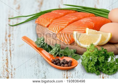 Protein rich superfoods protein diet salmon leaves isolated post-exercise
