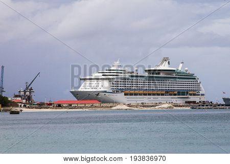 PHILIPSBURG - AUGUST 2:  Royal Caribbean ``Adventure Off The Seas`` boat near  Great Bay walkway in Philipsburg, seen in St.Maarten on August 2, 2015