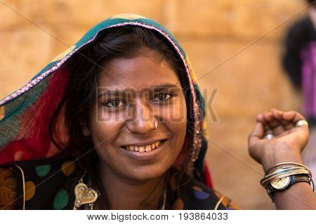 Indian gypsy girl, Jaisalmer, India