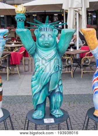 BERLIN GERMANY - JULY 3 2017: United Buddy Bears: USA Bear At Wittenbergplatz Square In Berlin