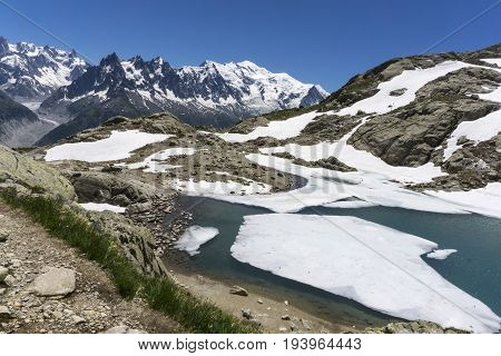 Lake Lac Blanc on the background of Mont Blanc massif. French Alps.