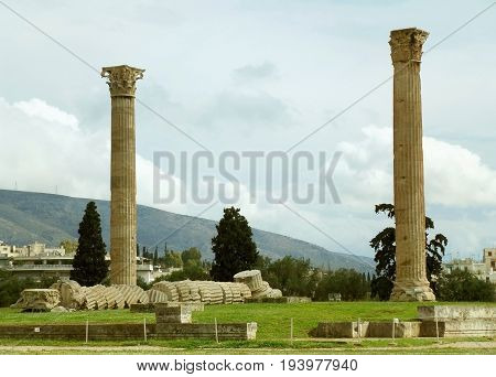 The surviving Corinthian columns of Temple of Olympian Zeus in Athens, Greece