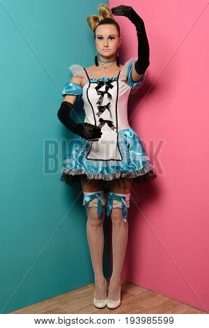 Slim Sexy Woman Doll Alice In Wonderland