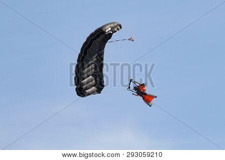 Parachute Aerobatics Show