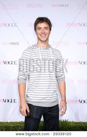 LOS ANGELES - OCT 1:  Jeremy Sumpter arrives at the 8th Teen Vogue Young Hollywood Party - Red Carpet at Paramount Studios on October 1, 2010 in Los Angeles, CA
