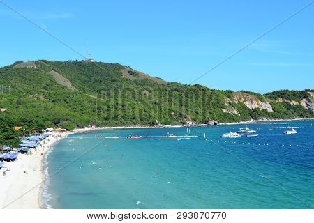 Amazing Samae Beach On The Koh Larn Island, Pattaya, Thailand. Clean Beach, White Sand And Deep Blue