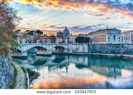 Sunset Over The Tiber River In Rome, Italy