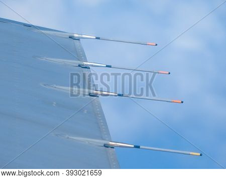 Aircraft Static Discharge Probes