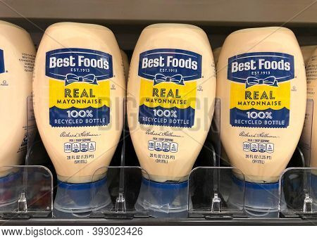 Alameda, Ca - Oct 28, 2020: Grocery Store Shelf With Jar Of Best Foods Brand Real Mayonnaise. Best F
