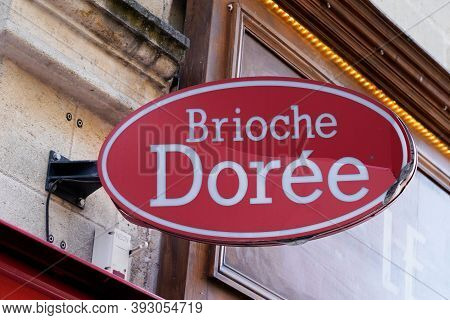 Bordeaux , Aquitaine / France - 11 01 2020 : Brioche Doree Shop Text Logo And Sign On Wall Bakery Ta