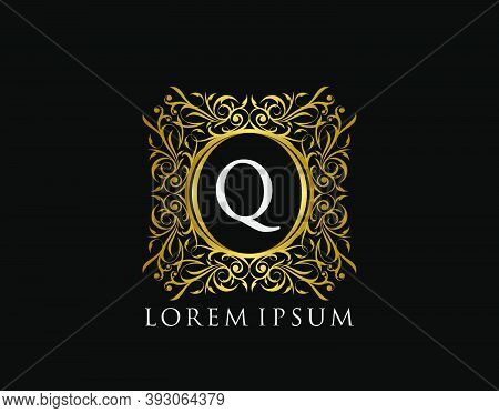 Luxury Badge Letter Q Logo. Luxury Gold Calligraphic Vintage Emblem With Beautiful Classy Floral Orn