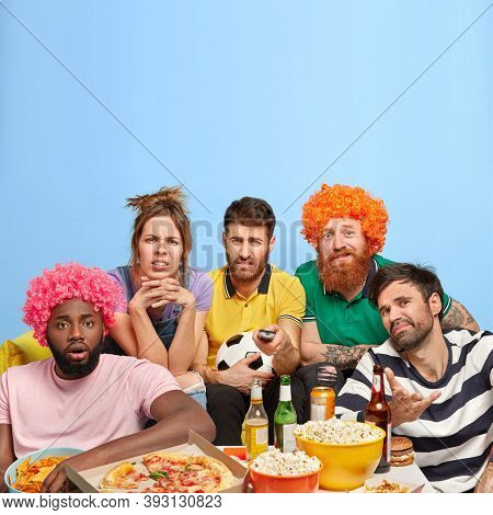 Unhappy Four Men And One Woman Dissatisfied With Final Result Of Football Match, Upset Favourite Tea