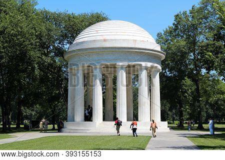 Washington, Usa - June 15, 2013: People Visit District Of Columbia War Memorial, Monument Commemorat