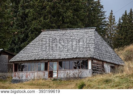Transalpina,  Romania - October 24, 2020:  Old Cottage In The Mountain Resort Ranca On October 24, 2