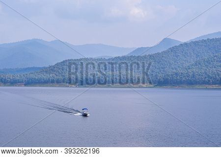 Relax And Enjoy The Beautiful Scenery At The Mae Ngat Dam And Reservoir Is Part Of The Sri Lanna Nat