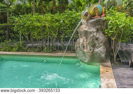 Pool In The Condominium Courtyard Amazon