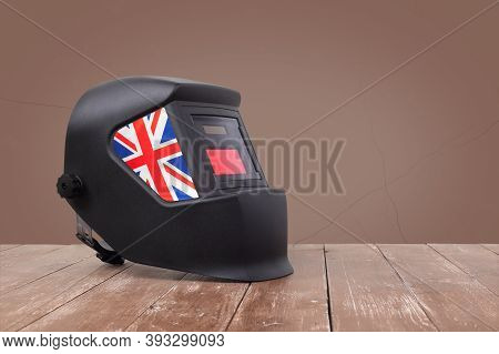 Industrial Tool - United Kingdom Of Great Britain And Northern Ireland Flag Mask Welding Machine On