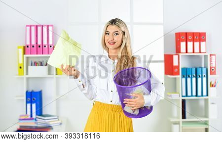 Businesswoman Hold Trash Can. Girl Looking For Lost Document. Lost Due To Distraction. Cancel File D