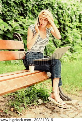 Notebook Internet Remote Job. Work In Park. Reasons Why You Should Take Your Work Outside. Power Of
