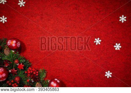 Christmas gift and holidays Christmas tree ornament; Christmas invitation card background