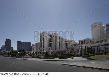 Las Vegas,nevada,usa -may 2014: Photo Of  Las Vegas Strip. The Las Vegas Strip Is An Approximately 4
