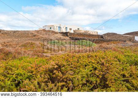 Isla Lobos, Fuerteventura, Spain: 2020 October 3: Houses On Isla Lobos In Fuerteventura In The Summe