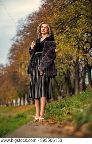 Sexy Woman Red Lips Wear Fur Coat. Businesswoman In Fur Coat. Fur Boutique. Soft Jacket Furry Textur