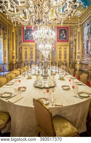 Venaria Reale, Italy - Circa August 2020: Luxury Dining Room In Baroque Style  With Gala Dinner Tabl