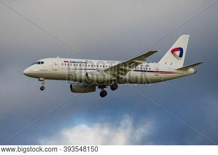Saint Petersburg, Russia - October 28, 2020: Sukhoi Superjet-100 (ra-89117) Of Severstal Airlines On