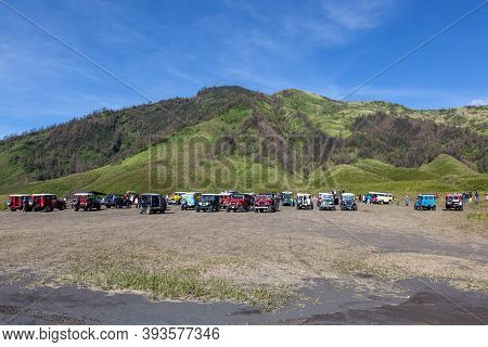 Bromo-tengger-semeru Np, Java/indonesia - April 17, 2015: Tourist Jeeps In Savanna Of Tengger Calder