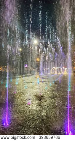 Fountain Color. Singing Fountain. Night Singing Fountains. View Singing Fountains. Running Fountain.