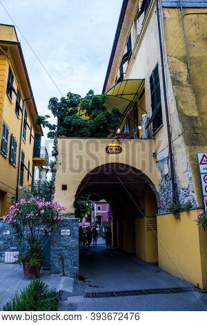 Monterosso Al Mare, Italy - July 8, 2017: View Of Tourists Walking In Monterosso Al Mare On A Summer